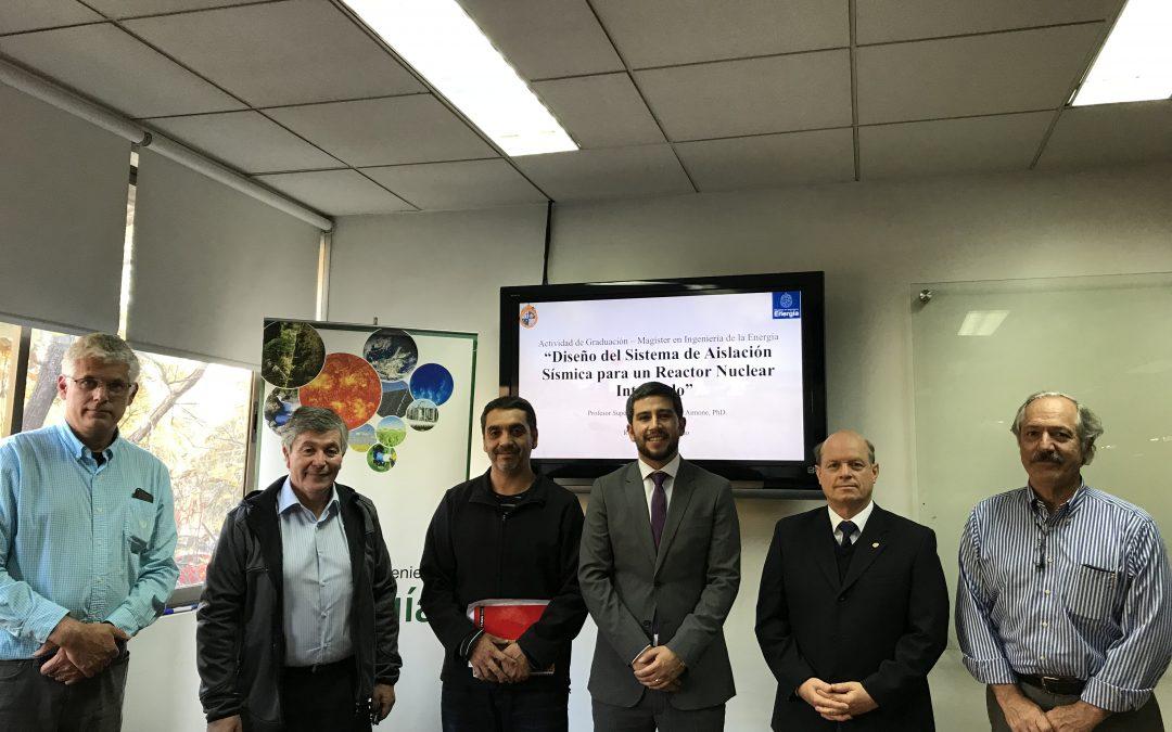 RONNIER BIRR CORONADO se convierte en nuevo graduado del Magíster en Ingeniería de la Energía de la Pontificia Universidad Católica de Chile.