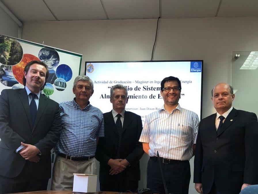 Juan Ríos León se convierte en nuevo graduado del Magíster en Ingeniería de la Energía de la Pontificia Universidad Católica de Chile.