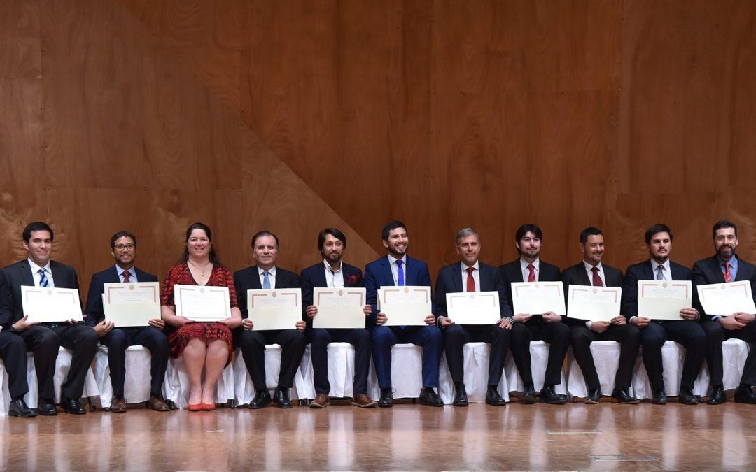 15 nuevos profesionales obtienen su grado de Magíster en Ingeniería de la Energía de la Pontificia Universidad Católica de Chile.