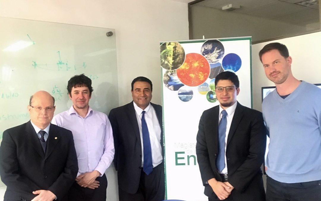 Mauricio Navarro Godoy se convierte en nuevo graduado del Magíster en Ingeniería de la Energía de la Pontificia Universidad Católica de Chile.